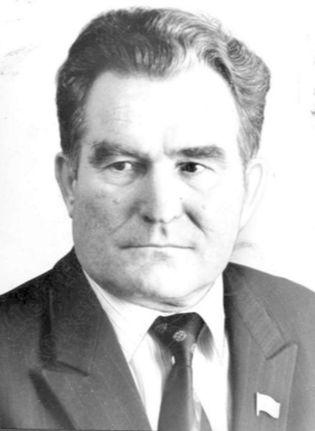 Тубылов Валентин Кузьмич, Почётный гражданин Удмуртской Республики, государственный и политический деятель, лауреат Национальной премии имени Кузебая Герда.