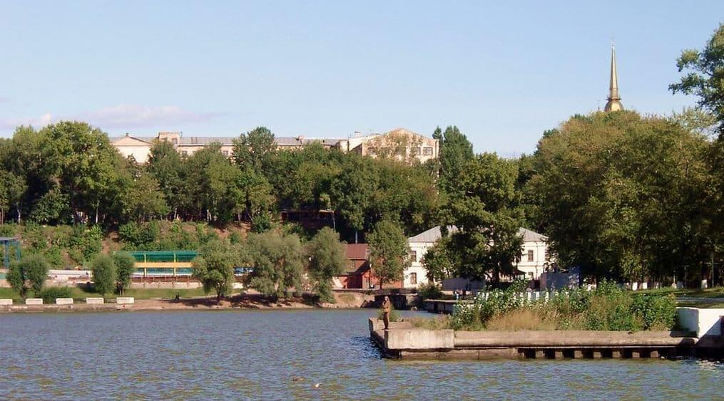 Набережная Ижевского пруда.