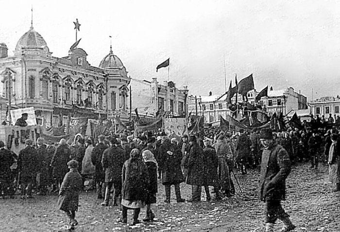 Демонстрация 7 ноября в Сарапуле.