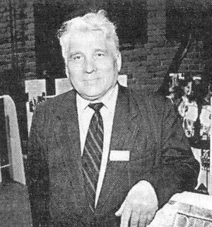 Удмуртский поэт и литературовед, кандидат филологических наук Анатолий Николаевич Уваров.