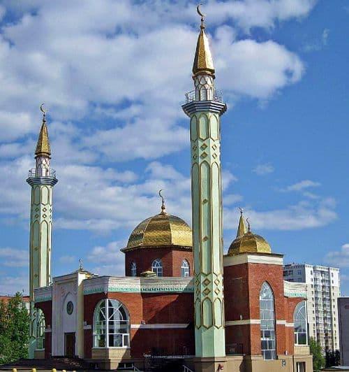 Центральная мечеть Ижевск г. ул. К. Маркса, 186. 2019 год.