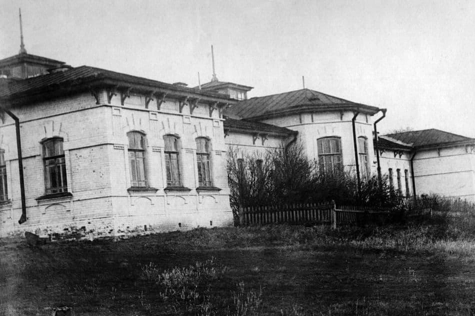 Городская клиническая больница №2 на ул. Пушкинская. Ранее земская. Ижевск.