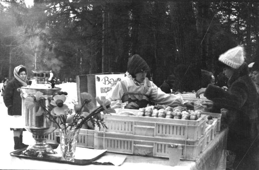 Проводы зимы в Парке Кирова, 1985 год