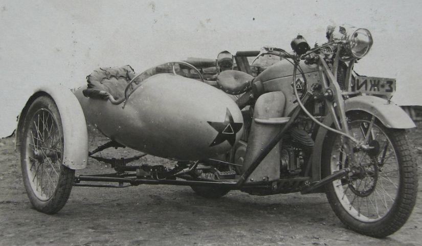 Мотоцикл ИЖ-3.