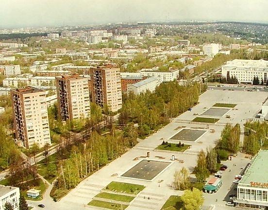14 этажные здания на Центральной площади Ижевска.