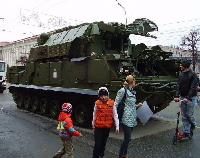 Фото демонстрации 9 мая 2017. Ижевск. ДВА,