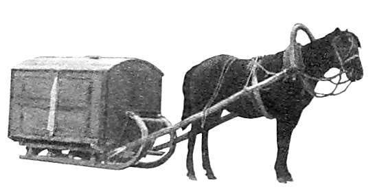 В таких тележках развозили хлеб по магазинам в первой половине прошлого века.