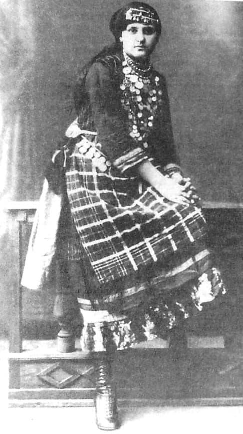 Арская девушка, фото начала XX века.  Фото удмуртов.