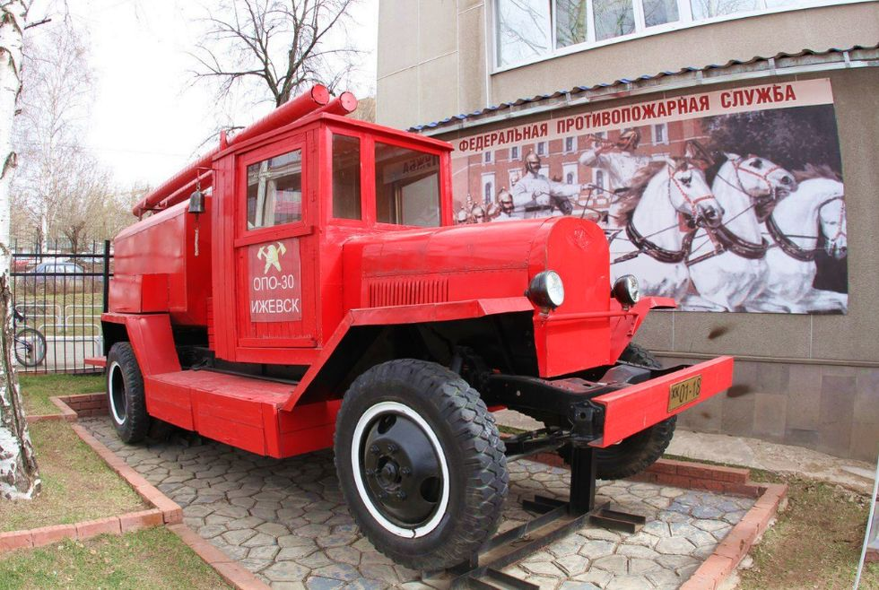Исторический сквер у пожарной части №5. Ижевск.