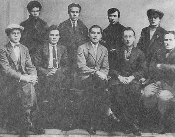 Герд с участниками конференции писателей Удмуртии, 1930 г.