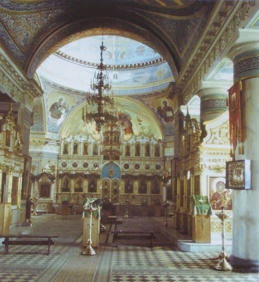 Внутренний вид собора. Современный Александро-Невский собор, Ижевск.