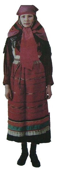 Женский праздничный наряд. Вятская губерния. Сарапульский уезд. Удмуртская народная одежда.