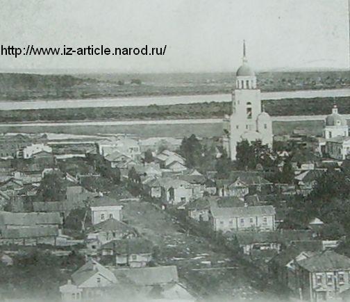 Вид на Покровскую и Петропавловскую церкви. Сарапул.