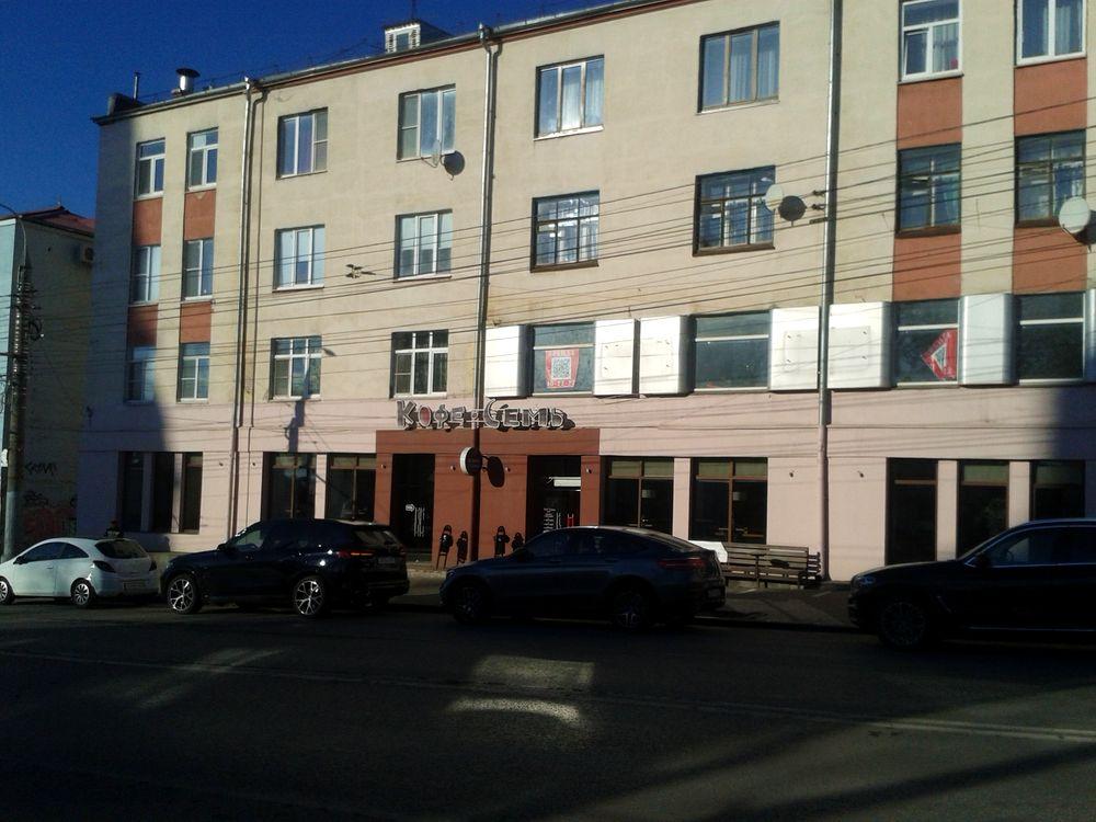 """Кофейня ресторан """"Кофе Семь"""" в доме Красная 133 в настоящее время. ДВА. Фото 28.10.2020 13:33."""
