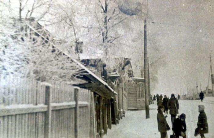 Улица К. Маркса между пер. Красногеройским и пер. Бородина, 1950-е годы, ЦГА УР. Фото старый Ижевск.