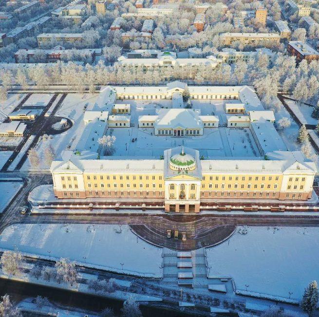 Президентский дворец Ижевск.