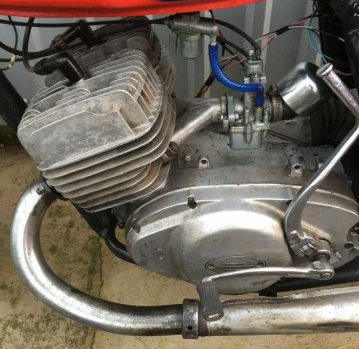 Двигатель мотоцикла ИЖ Юпитер-5