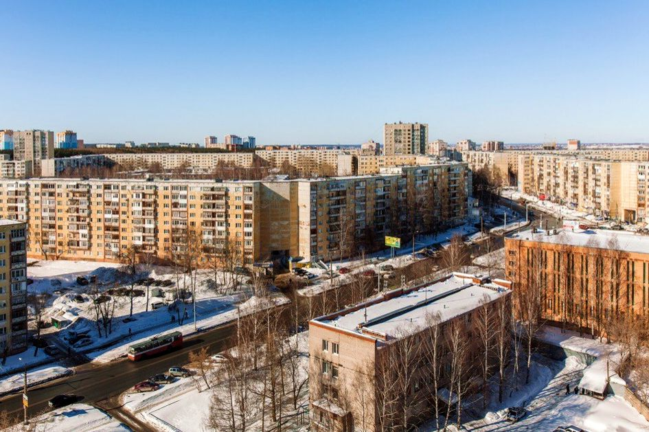 Улица Петрова, дом №16 и 18. Ижевск.