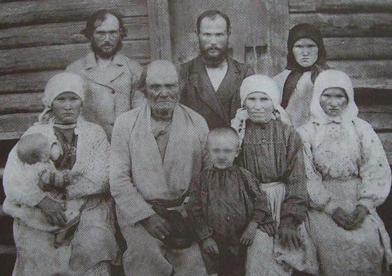Верхнечепецкие северные удмурты. Семья. Глазовский уезд. 1899 год