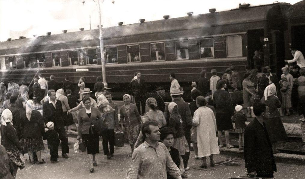 Ижевский железнодорожный вокзал. 60-е годы.