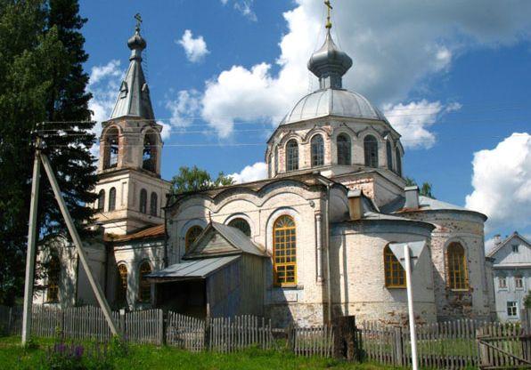 Село Кекоран, церковь Троицы Живоначальной.