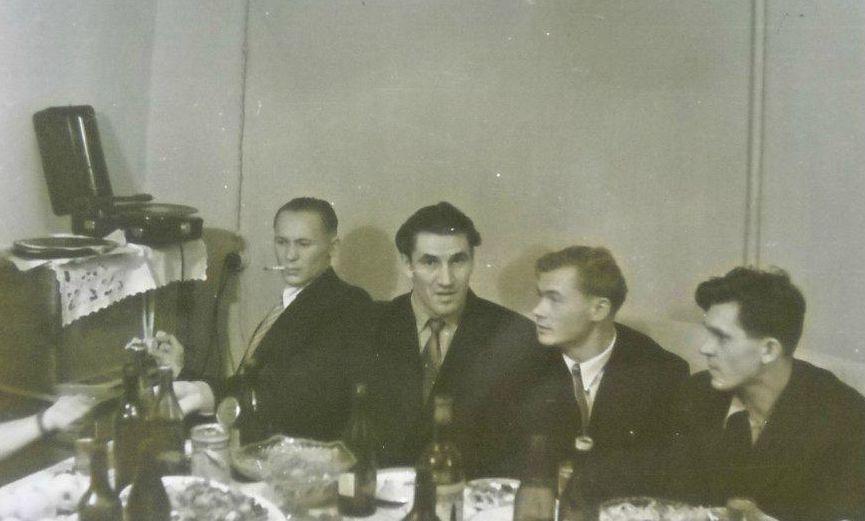 Застолье Глазов 1957 год.