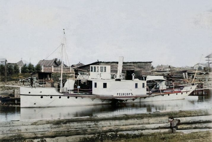 Товарно-пассажирский пароход типа - РЕВИЗОРЪ. Постройки Воткинского завода.