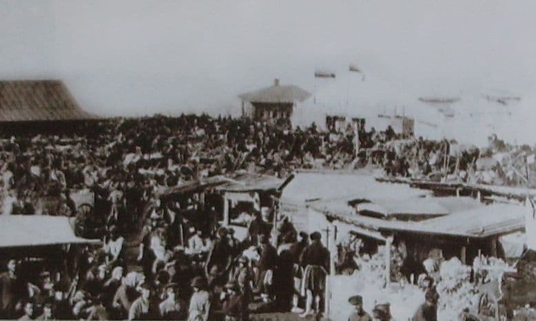 Цирк Коромыслова А.Г. на  площади Мучного базара Ижевск.