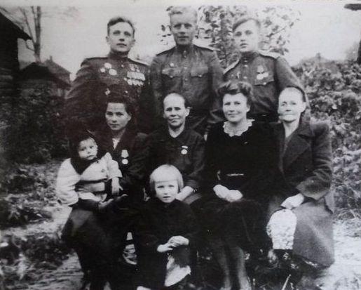 Дважды Герой Советского Союза летчик Кунгурцев Евгений Максимович.