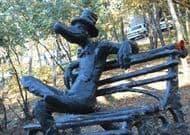 Памятник крокодилу в Ижевске.
