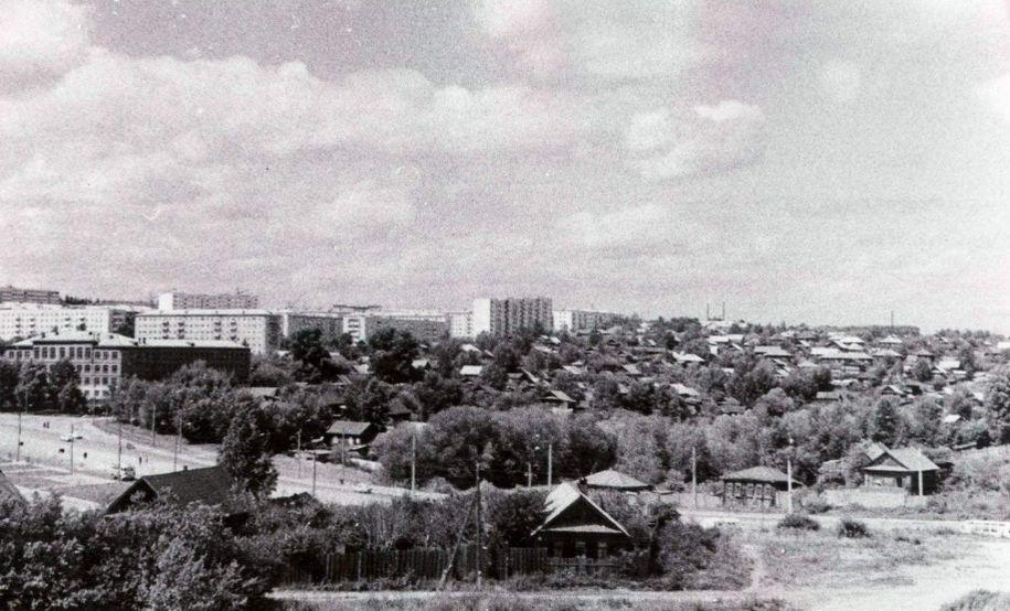 Из альбома - УЛИЦА КИРОВА. Ижевск.