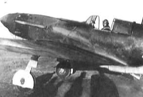 Меркушев В.А. в кабине боевого самолёта.