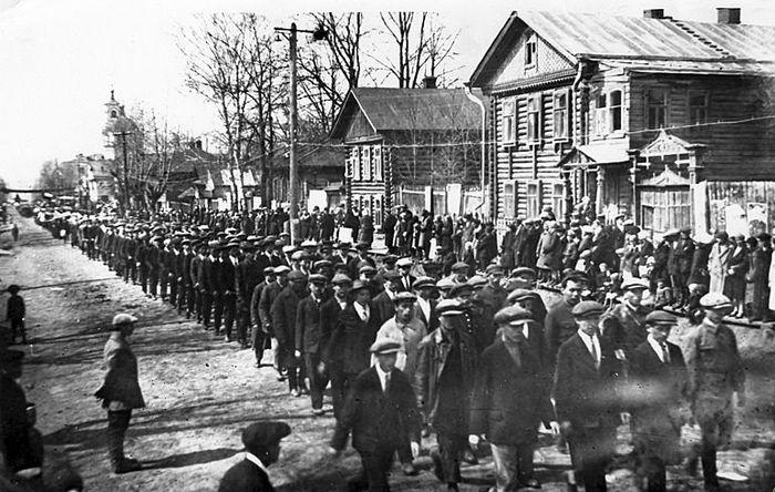 Советская улица. Ильинская церковь. 1928-1930г. Ижевск.