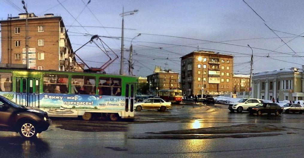 Дома Ленина 5, 6, 8, 10 и К.Маркса. Фото: Александр Попков. 2017 год.