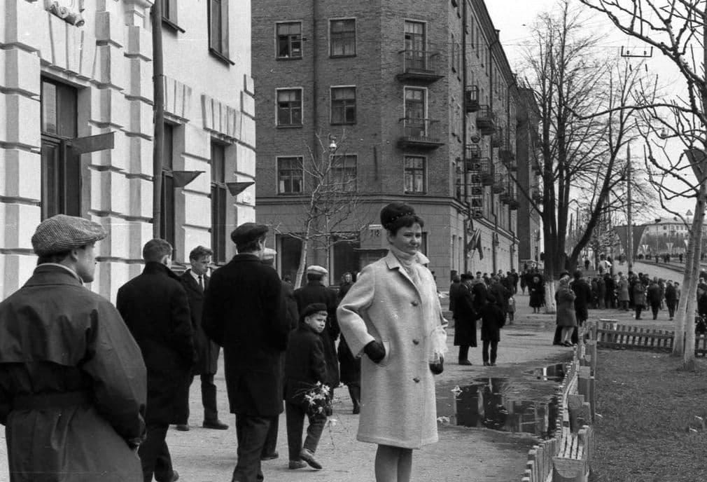 Улица Ленина. Первомай. 1965 г. Ижевск.