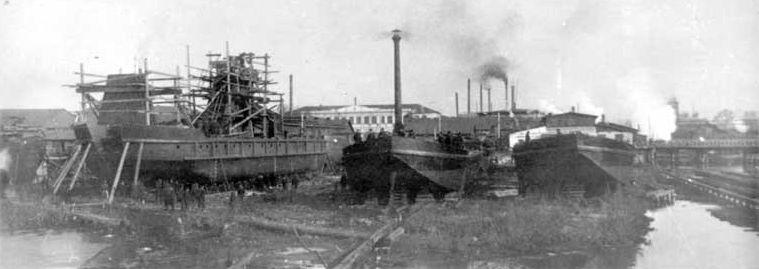 Вид судостроительной верфи Воткинского завода. 1909 г