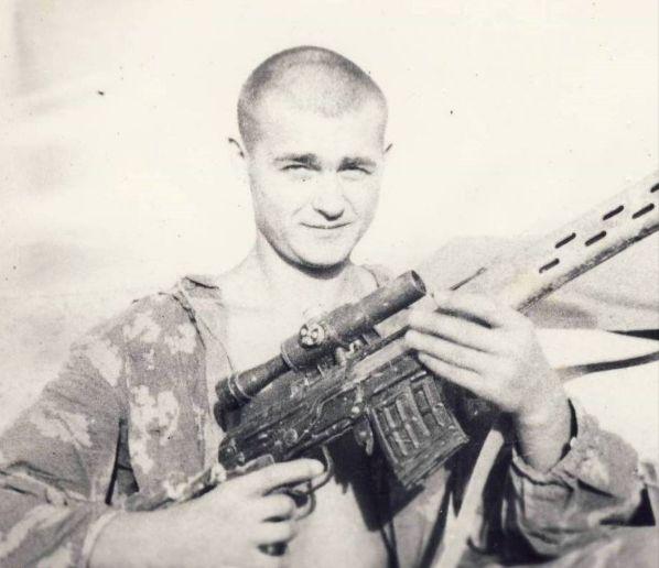 Сержант Владимир Ильин – поставил рекорд в СССР по дальности результативной стрельбы, на дистанции в 1350 м. в Панджшерском ущелье кончил главаря душманов.