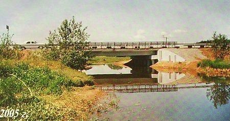 Мост через реку Уня. 2005 г.