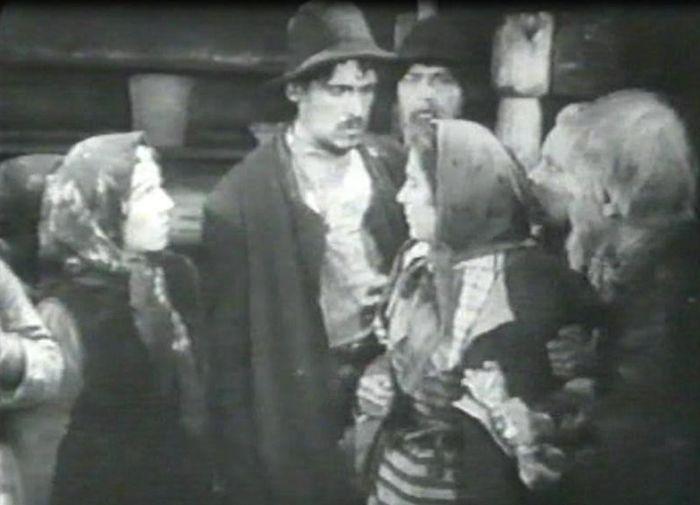 Художественно-этнографический фильм - Соперницы, снятый в 1929 году.