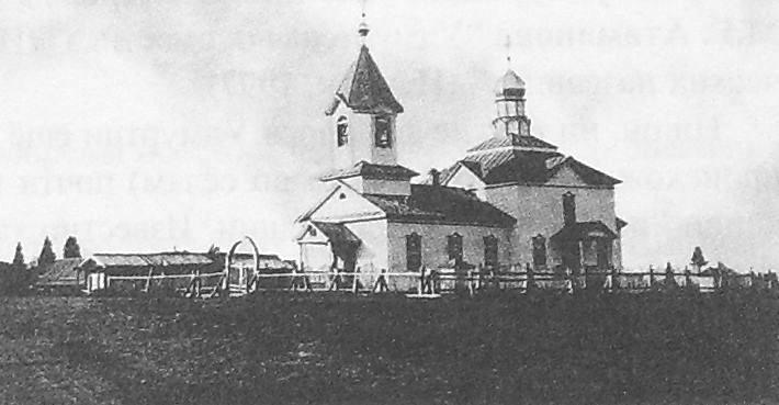 Карсовай. Храм в честь Сретение Господне. Приход основан в 1844 г. Византийский стиль. Храм уничтожен.