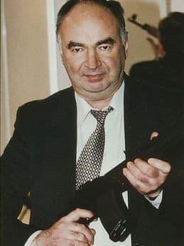 Никонов Геннадий Николаевич - ижевский разработчик оружия.