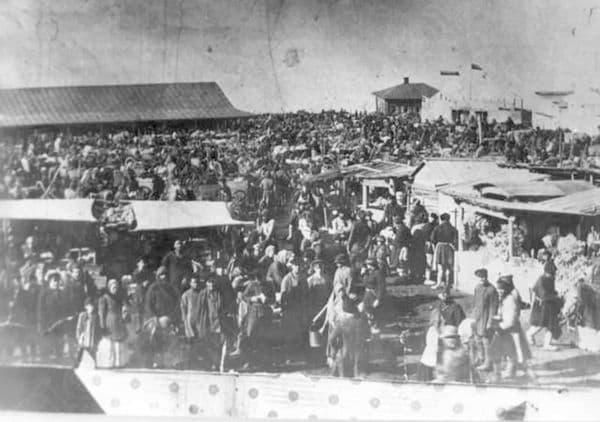 Сенной рынок 1900 год. Ижевск.