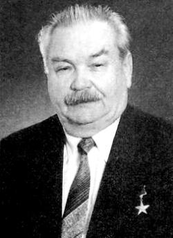 Воскресенский Александр Васильевич, директор ИЭМЗ (1964-1988 гг.) Герой Социалистического Труда, лауреат Государственной премии СССР.