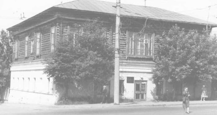 Здание Пивного зала сарапульского купца 1 гильдии И.И. Бодалева по ул. Базарной, 53 Сарапул.