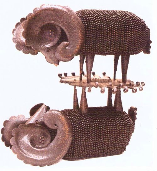 Баран. Отражение. Медь, металлопластика, ковка. 1988. Безносов Игорь Александрович.
