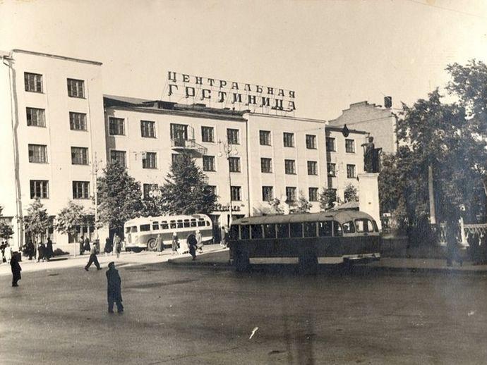 Дом Горького 68. Гостиница Центральная, 1960-е годы. Ижевск.
