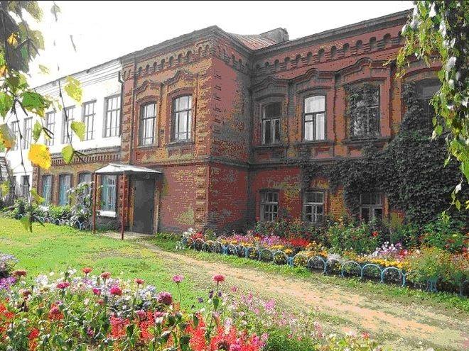 Дом купца Дмитрия Ширшова. Камбарка. Фотография 2017 года.