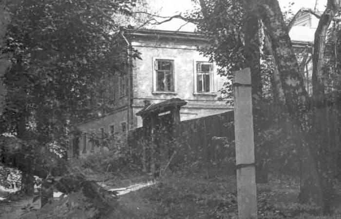Бывший дом мастера Шипулина (модельщик) по ул. В. Сивкова.