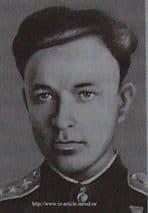 Михайлов Василий Михайлович. Герой Советского Союза- 10.1.1921-19.1.1944. Род. в г.Воткинске