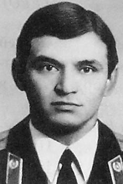 Гнезденев Валерий Васильевич.